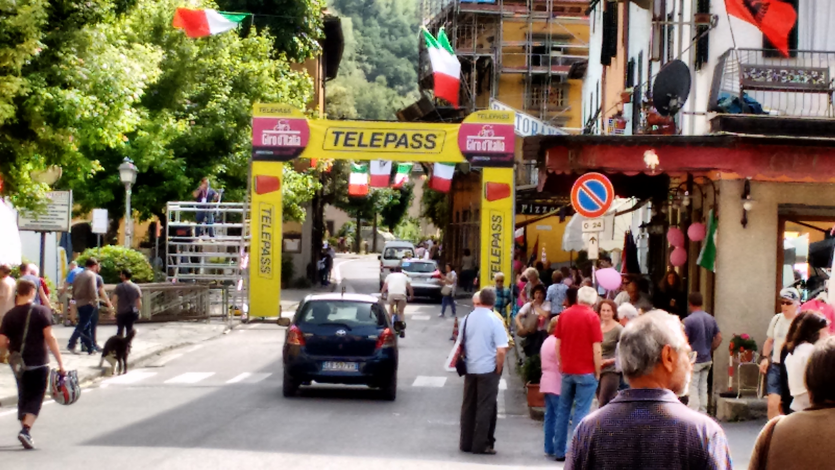 A Day at the Giro d'Italia
